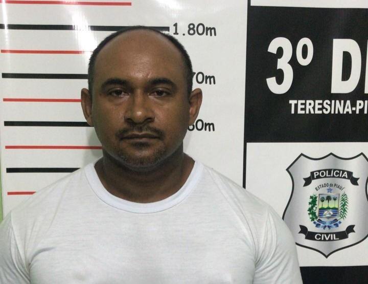 Polícia prende professor acusado de estupro em Teresina