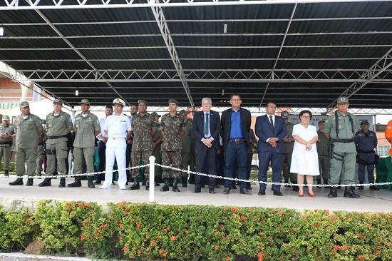 OAB Piauí participa de Solenidade em alusão ao Dia da Bandeira