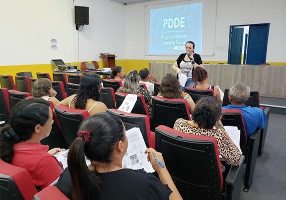Diretores da rede municipal são orientados sobre prestaçãode contas do PDDE