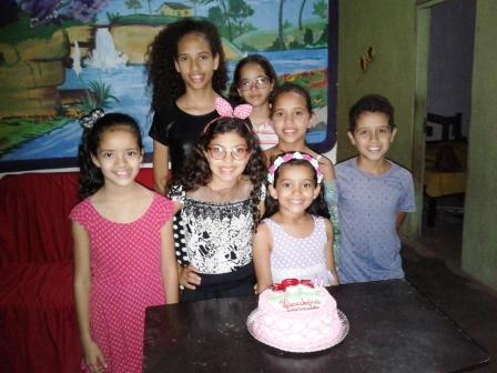 Muita alegria e descontração nos aniversários de Priscila e Israella
