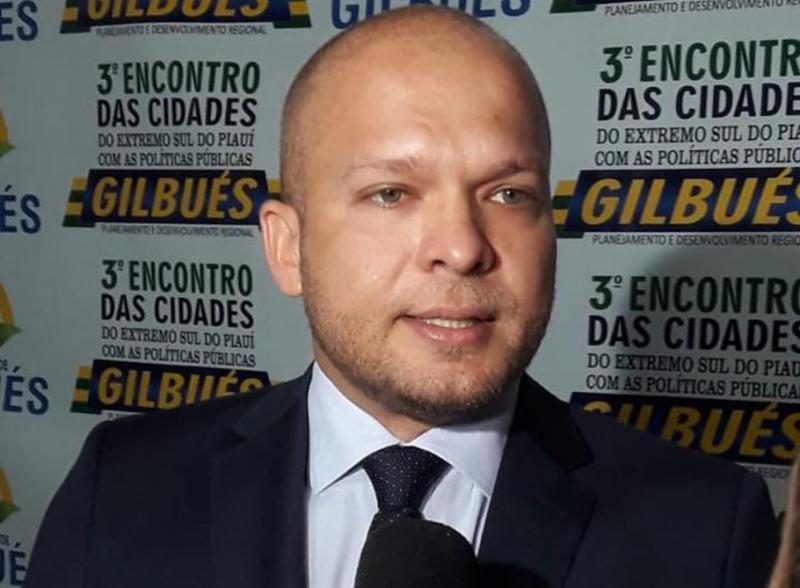Gilbués | R10 divulga pesquisa sobre avaliação administrativa de Léo Matos