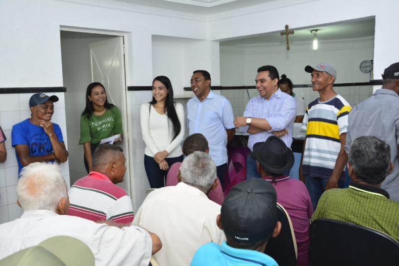 Mais de 100 pessoas da zona rural realizam exames em Floriano