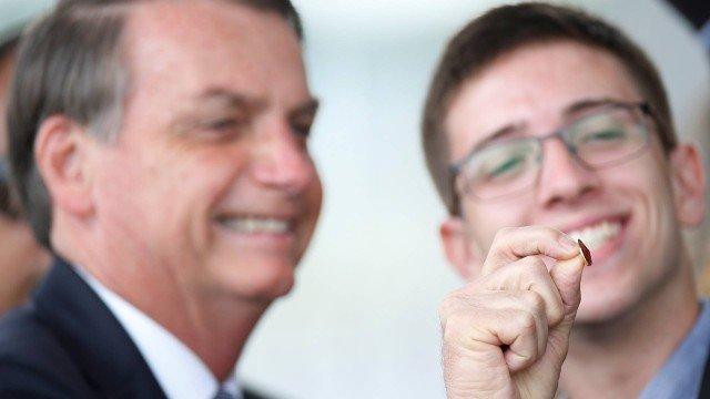 Palmeirense, Bolsonaro prevê vitória do Flamengo: 'Gabigols'