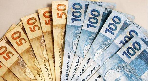 Governo reduz previsão do salário mínimo de 2020 para R$ 1.031
