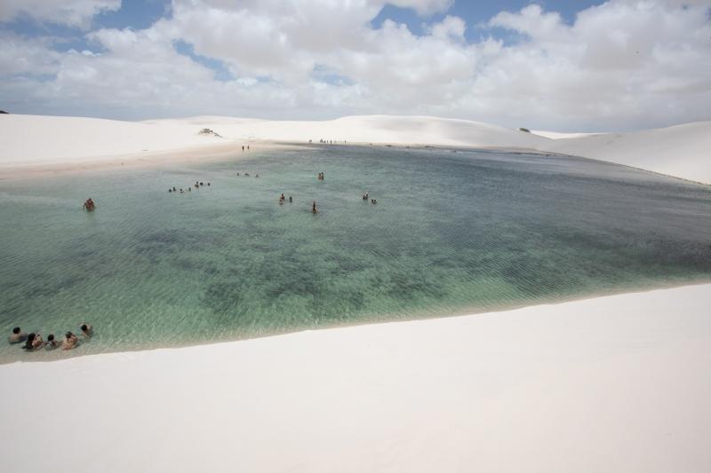 Lençóis Maranhenses: turismo de lagoas paradisíacas entre dunas
