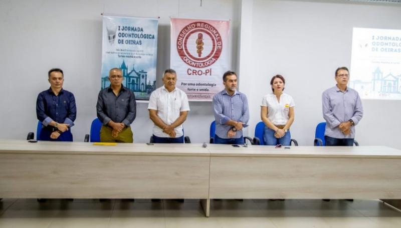Oeiras | I Jornada Odontológica reúne profissionais de 14 cidades piauiense