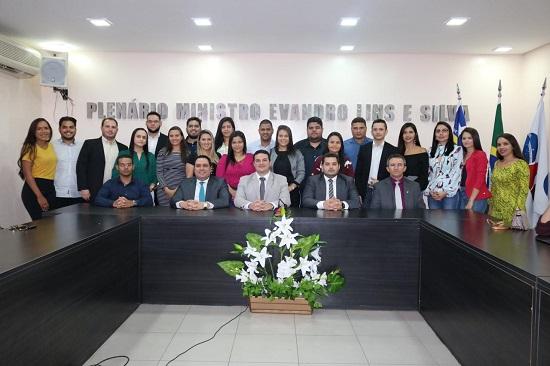OAB Piauí recebe visita de formandos da Faculdade Raimundo Sá, de Picos