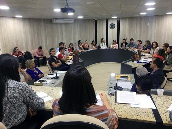 Comissão de Direito da Saúde participa de reunião do Fórum