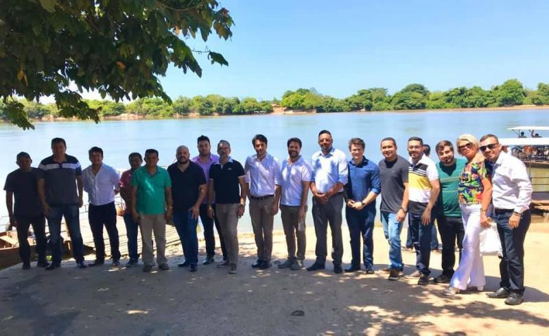 Prefeito Dó Bacelar e empresários visitam Lagoa do Marruás Velho