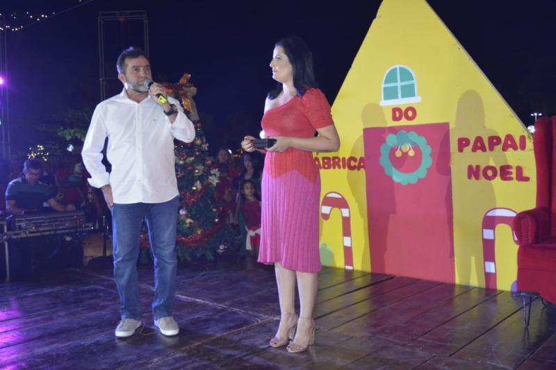 Com 'Natal Iluminado', Oeiras inaugura decoração e iluminação natalinas