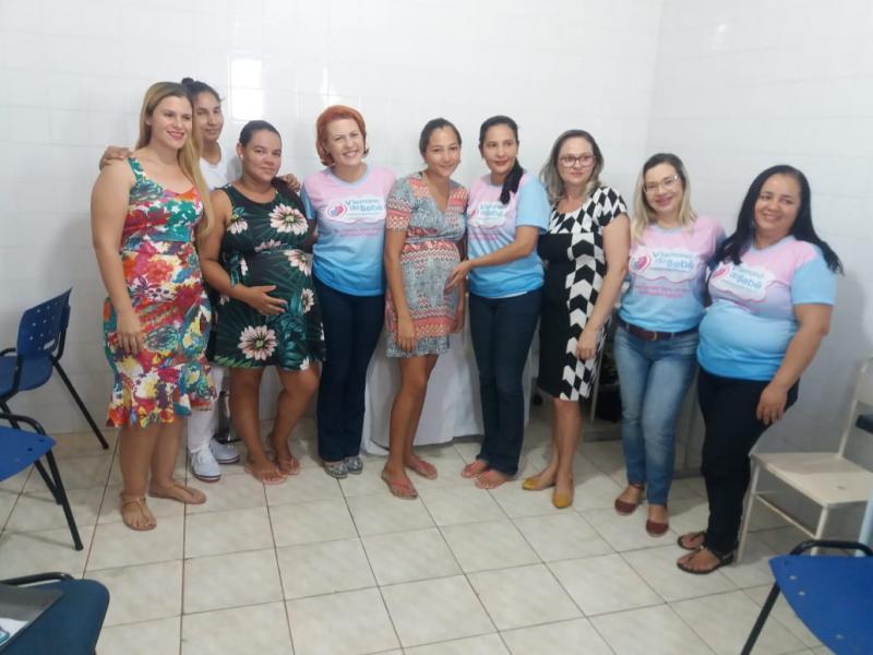 Palestras e rodas de conversas no segundo dia da V Semana do Bebê em DEL.