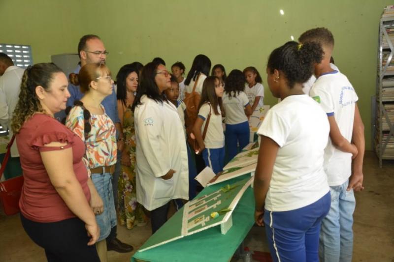 Alunos da Escola Benedito Rodrigues da Silva promovem 'Feira de Ciências'