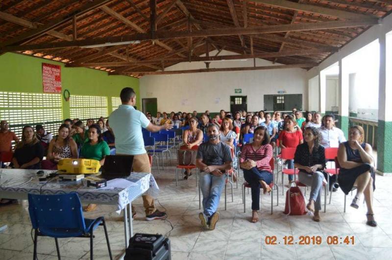 Professores participam do II módulo Ciclo de Formação PROBNCC e Currículo