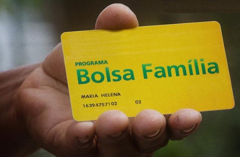 Mais de 39 mil teresinenses podem ter Bolsa Família bloqueados