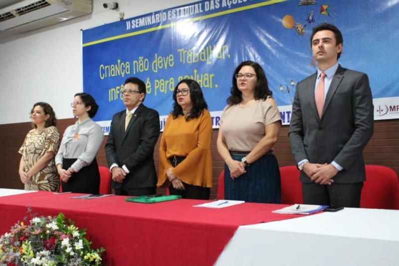 Zé Santana participa do Seminário Estadual Aepeti