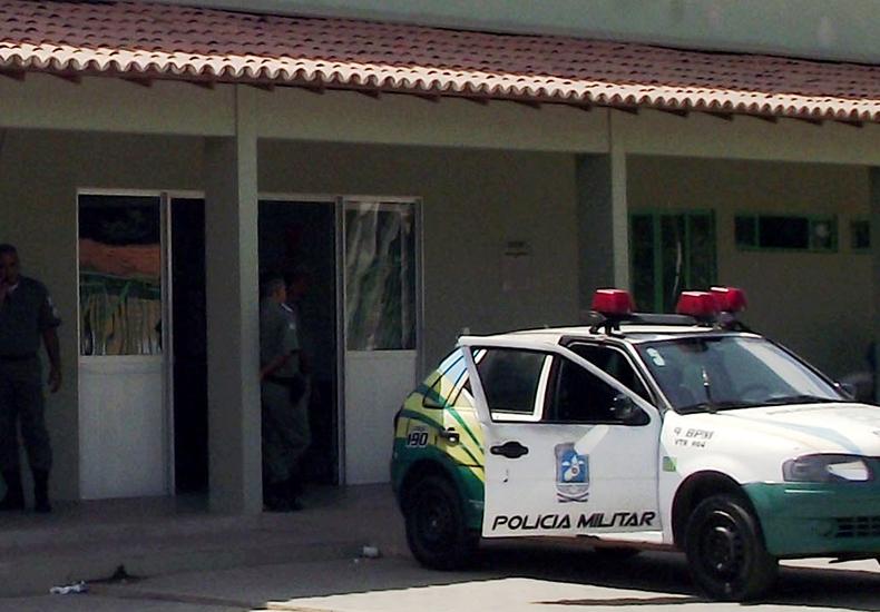 PM tem arma roubada durante assalto em hospital de Teresina