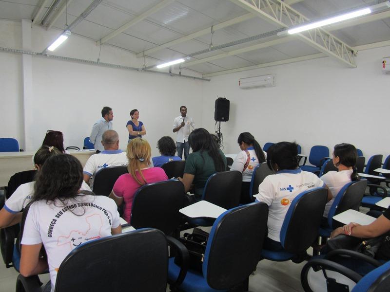 Prefeitura realiza entrega de tablets para Agentes Comunitários de Saúde