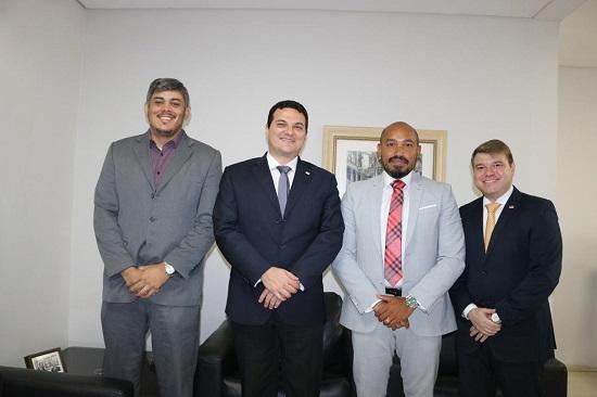 OAB Piauí recebe Presidente da Comissão de Direito do Trânsito da OAB Bahia