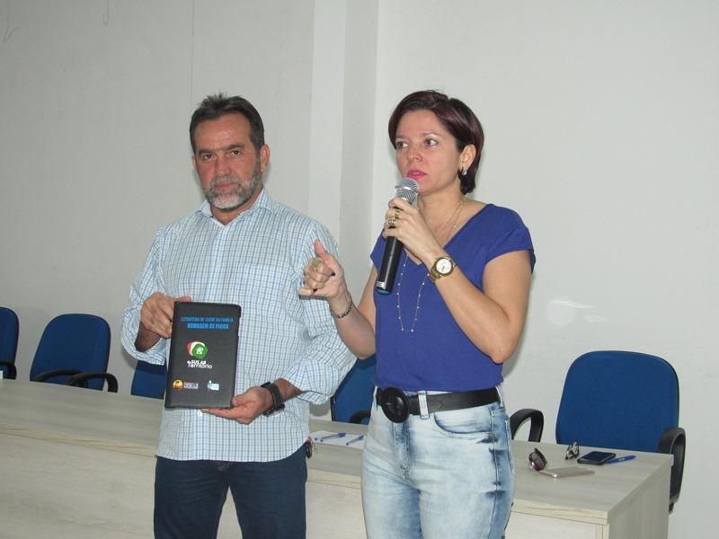 Prefeitura de Oeiras realiza entrega de tablets para Agentes Comunitários