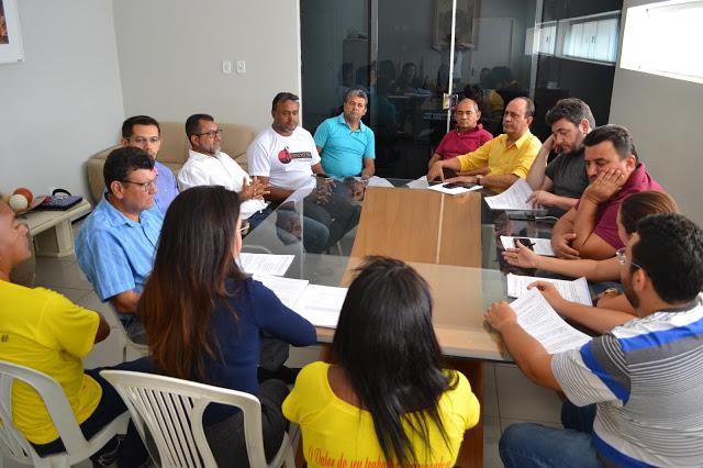 Em reunião com o SINDSERM, os Vereadores se comprometem a aprovar o Plano