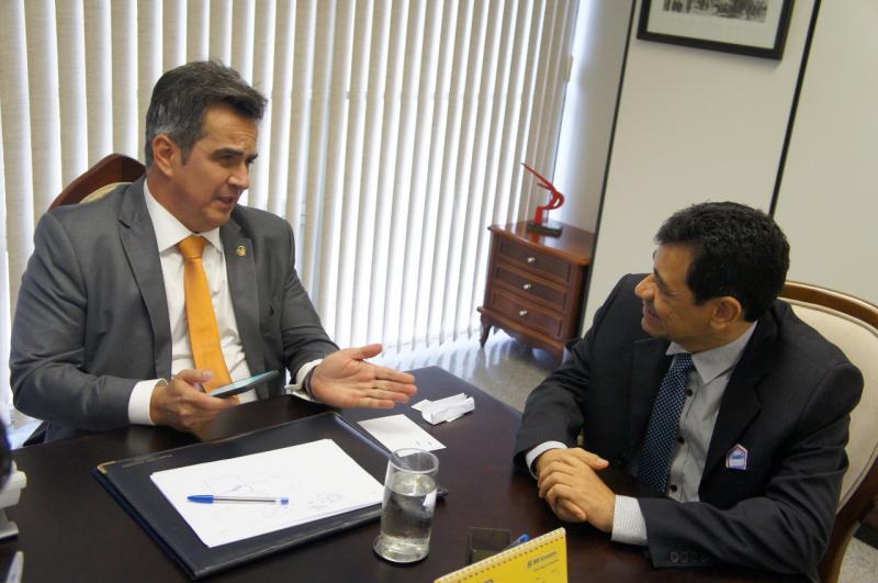 Em busca de recursos pra Landri Sales o Prefeito Aurélio Sá, vai a Brasília