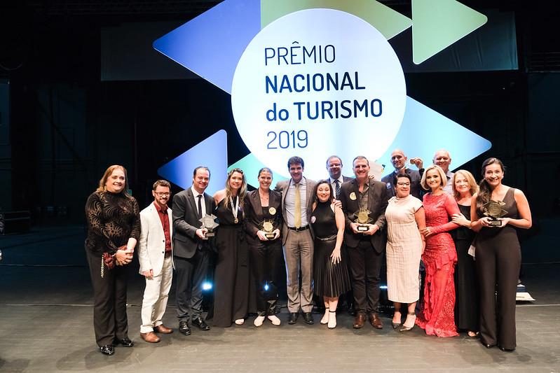 Turismo premia iniciativas que contribuíram com desenvolvimento do setor
