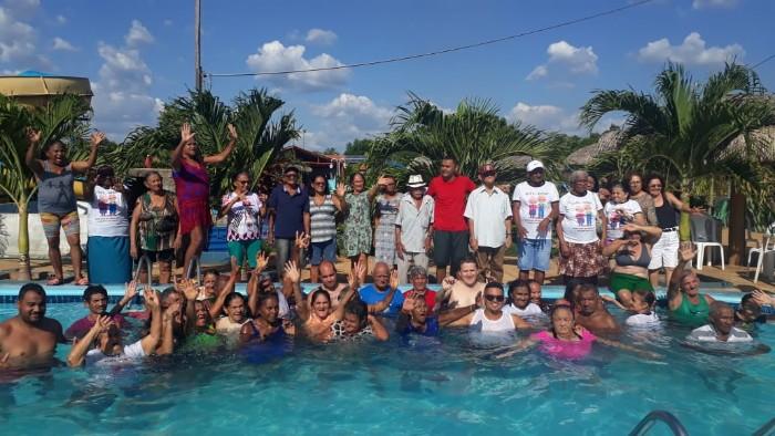 Prefeitura de Santa Cruz dos Milagres Promove dia de Lazer a Idosos