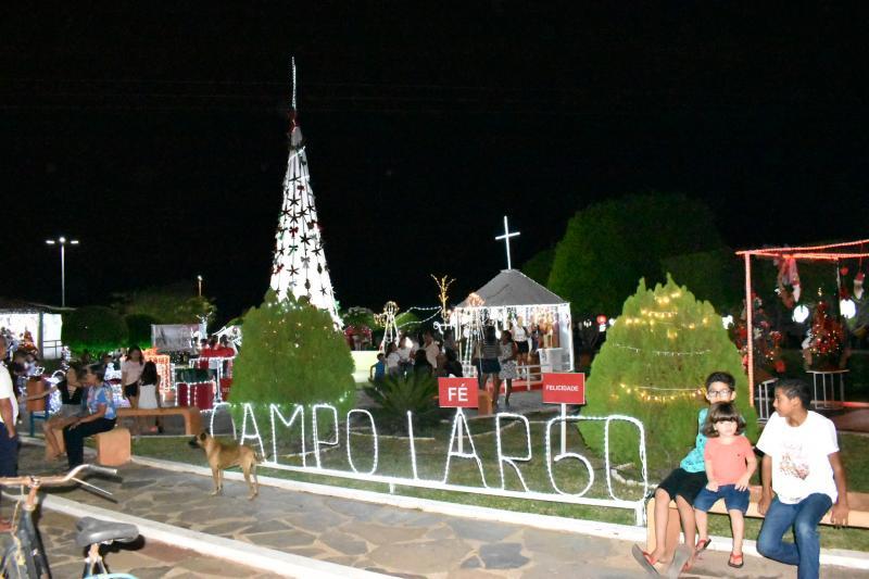 Acender das Luzes marca período natalino em Campo largo-PI