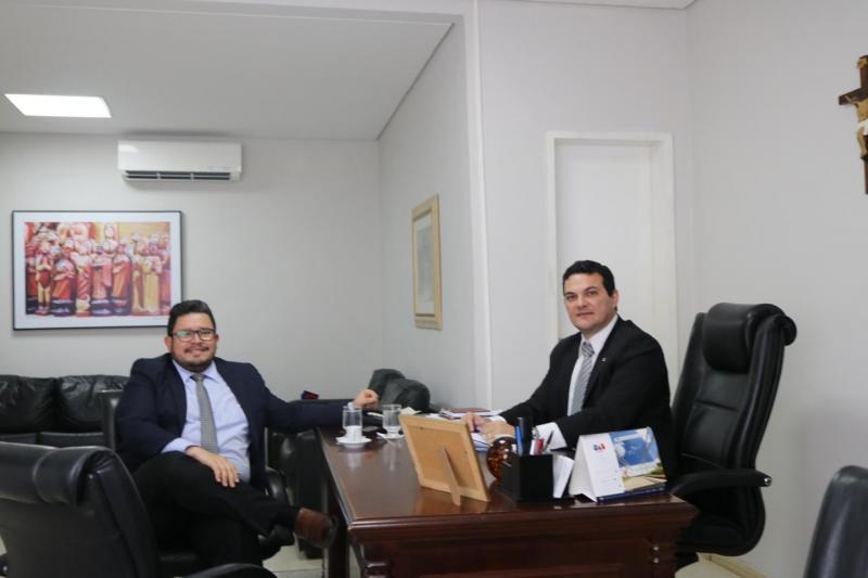 Presidente da subseção de SRN leva pleitos para a presidência da OAB-PI