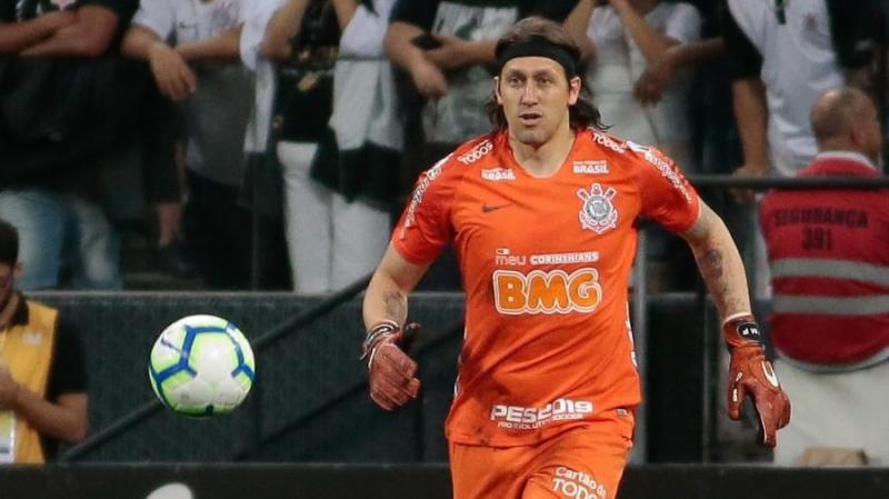 Corinthians prepara 'novo Cássio' para atender exigência de Tiago Nunes