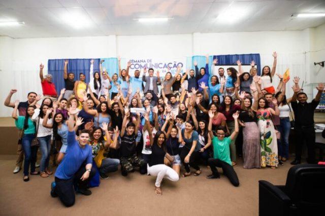 ÁLBUM DE FOTOS UESPI/Picos Realizou Com sucesso a II Semana de Comunicação