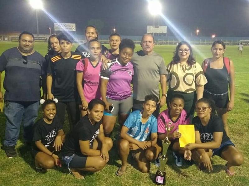 Altos | Prefeita Patricia Leal participa do Campeonato Feminino de futebol