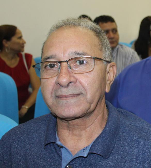 Ministério Público ingressa com ação contra prefeito Deusdete Lopes