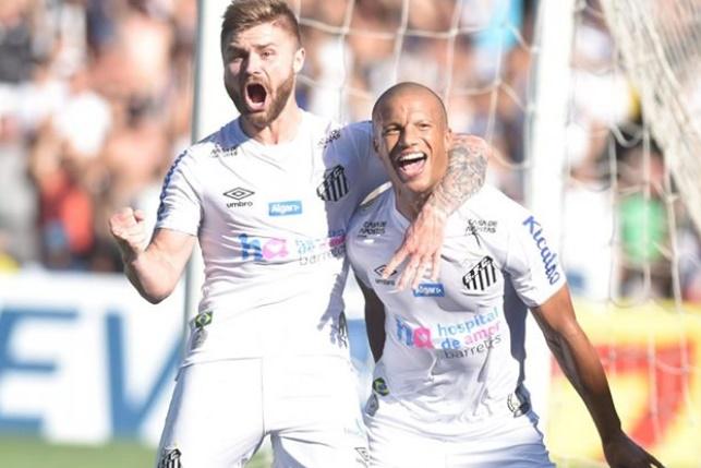 Santos goleia e põe fim à invencibilidade do Flamengo