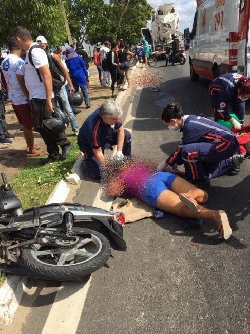 Mulher morre esmagada por caminhão na BR 343 em Teresina