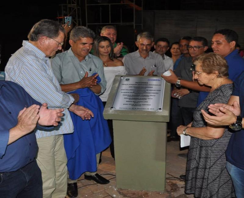 Prefeito Murilo inaugura praça Joaquim Nogueira Paranaguá