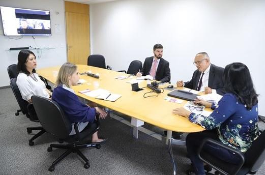 OAB Seccional Piauí participa de reunião na OAB Nacional