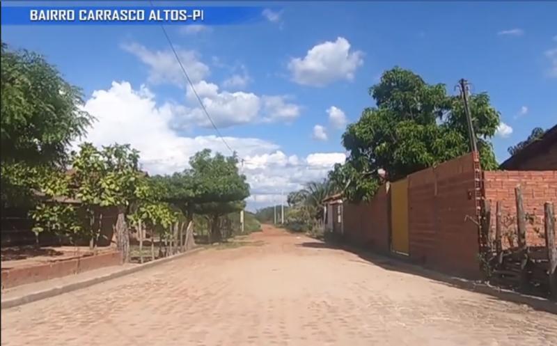 Prefeitura de Altos realiza obras de calçamento no bairro Carrasco