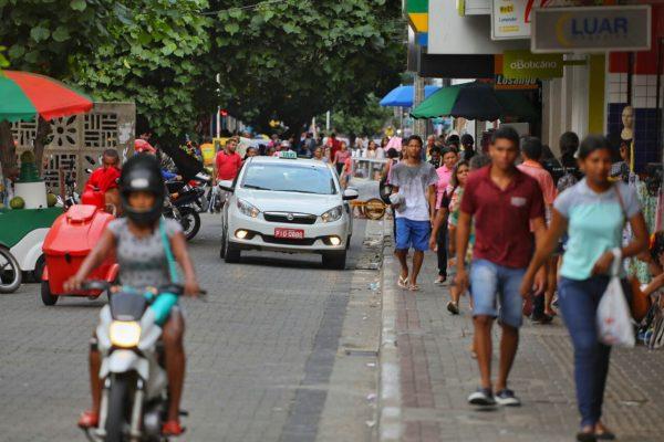Lojas de Teresina estendem horário de atendimento