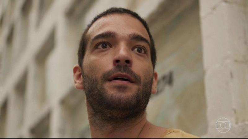 'Amor de mãe': Sandro não é Domênico, o filho de Lurdes