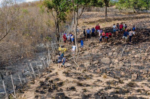 Idoso morre carbonizado após atear fogo em terreno no Piauí