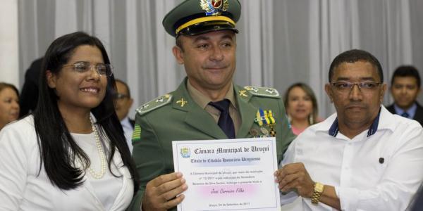Câmara municipal de vereadores de Uruçuí homenageia José Carreiro Filho