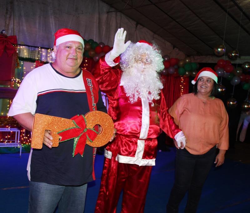 Lagoinha 24 anos | Cidade recebe Papai Noel em Caravana do Natal