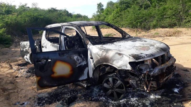 Empresário escapa de morte após explosão de carro