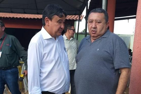 Prefeito Aldemar trata de assuntos de interesse de Cajazeiras com W. Dias