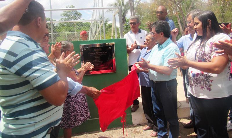 VÍDEO; Inaugurada uma quadra poliesportiva na EFA Cocais