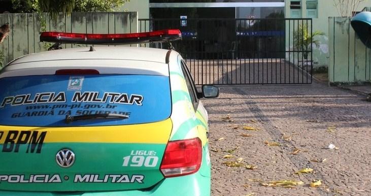 Durante arrastão, bandidos levam 80 celulares de loja em Teresina
