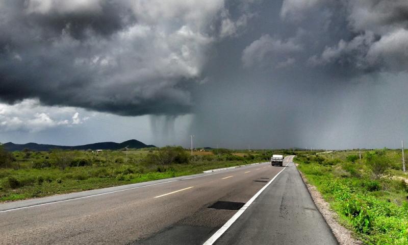 Verão será chuvoso em quase todas as regiões; veja previsão