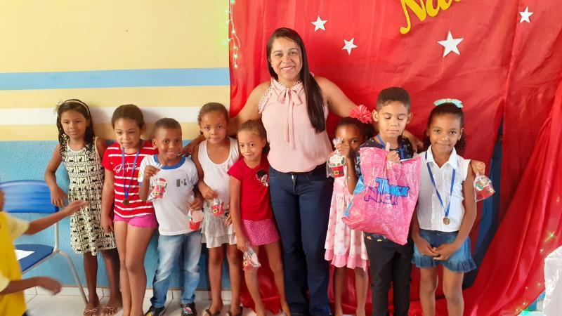 Almoço especial marca encerramento do ano letivo na Escola Edith Mendes