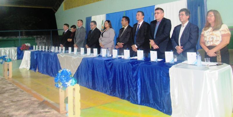 Câmara Municipal de São João do Arraial entrega títulos de cidadania